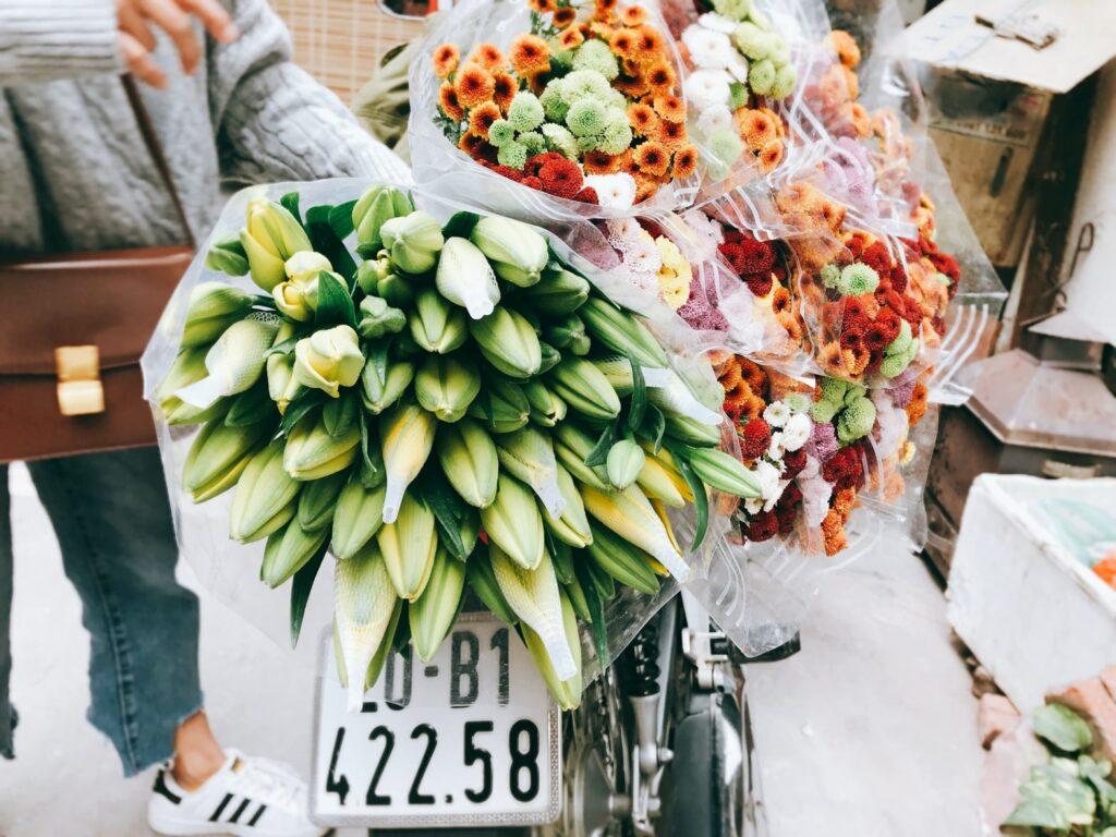L'attribut alt de cette image est vide, son nom de fichier est livraison-fleurs-1024x768.jpeg.